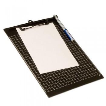 Soporte cuadriculado con pinza de plástico rígido A4 formato natural  Office Box